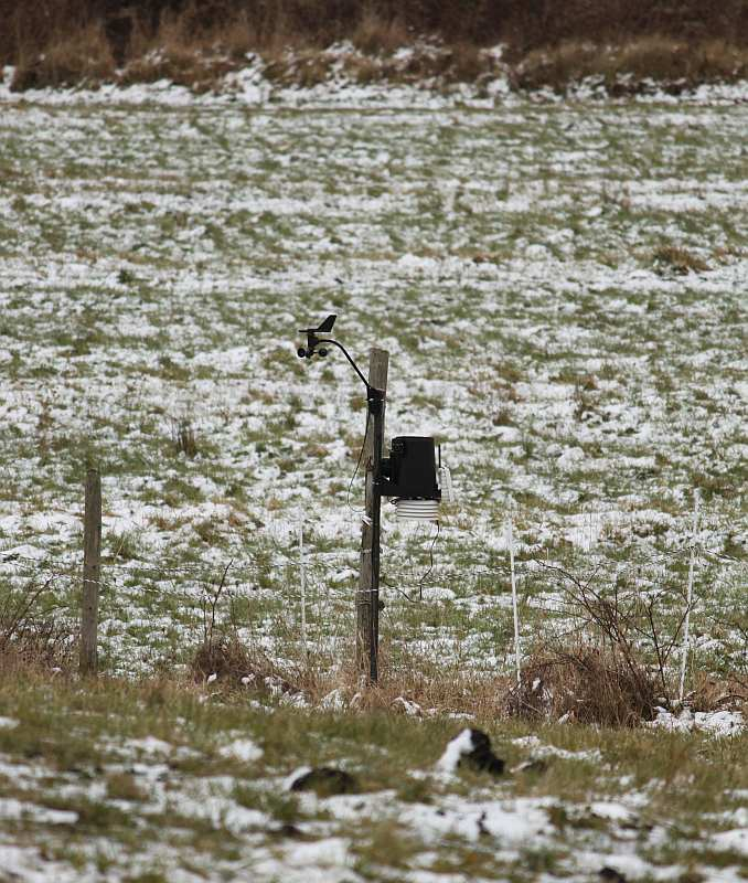 Hawthorne Valley weather station in light snow